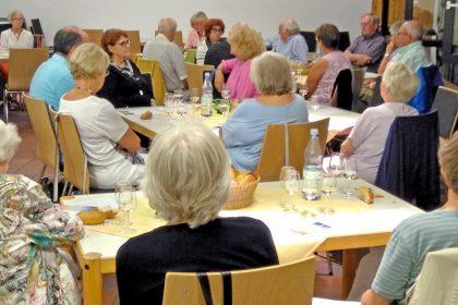 Lesung im Vestischen Weinkonvent zu Recklinghausen e. V. am 16. August 2018. Zu den Geschichten wurden die passenden Weine serviert.