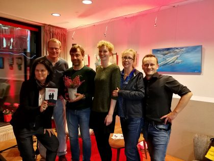 """Buchpremiere """"Blutgeschwister – Modrichs zweiter Fall"""" im Cafeplus in der Dortmunder Innenstadt (10/2017)."""